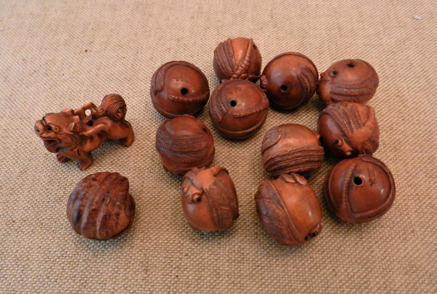 Sale hand carved japanese boxwood ojime beads in your choice