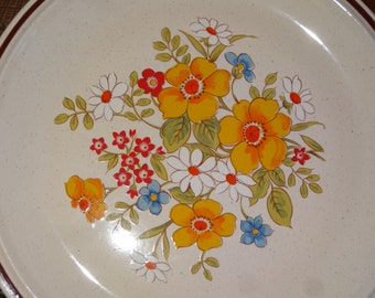 Set of 3 Casual Elegance Stoneware Dinner Plates / Bordeaux Pattern / Floral Stoneware Plates