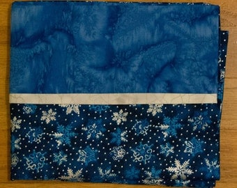 Christmas Pillowcase - Decorative Pillow Case -Blue and Silver Snowflake Pillow Sham