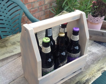 Reclaimed pine bottle carrier