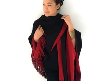 Onuma scarves- Black and Red Winter scarf