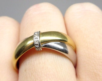 18k Yellow and White Gold crossover Ring with diamonds