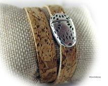 Womens wrap cork bracelet light brown silver  - magnetic clasp Zamac -  womens bracelet - high quality - gift for her - gift for women