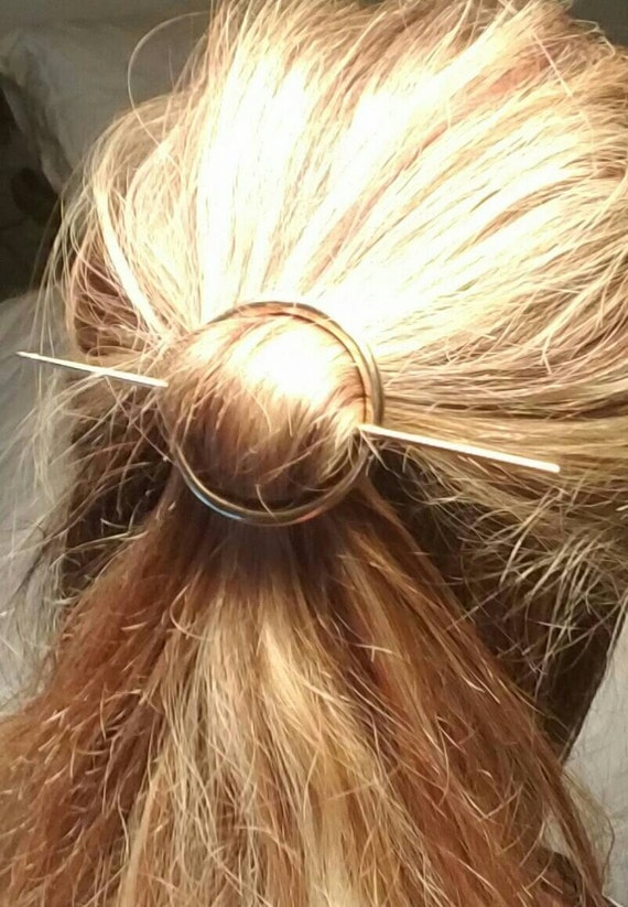 Simple golden hair tie barrette for long or short hair
