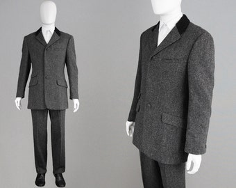 Vintage GIANNI VERSACE Suit 80s Mens Suit Grey Tweed Suit Made in Italy Designer Mens Suit High Waist Pants Grey Slacks Astrakhan Collar