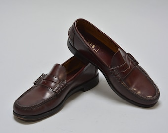 Florsheim Penny Loafers - Vintage Men's Burgundy Leather Moccasin Loafers Dress Shoe Size 9 1/2 Classic Preppy Shoes Trad Leather Sole Shoes