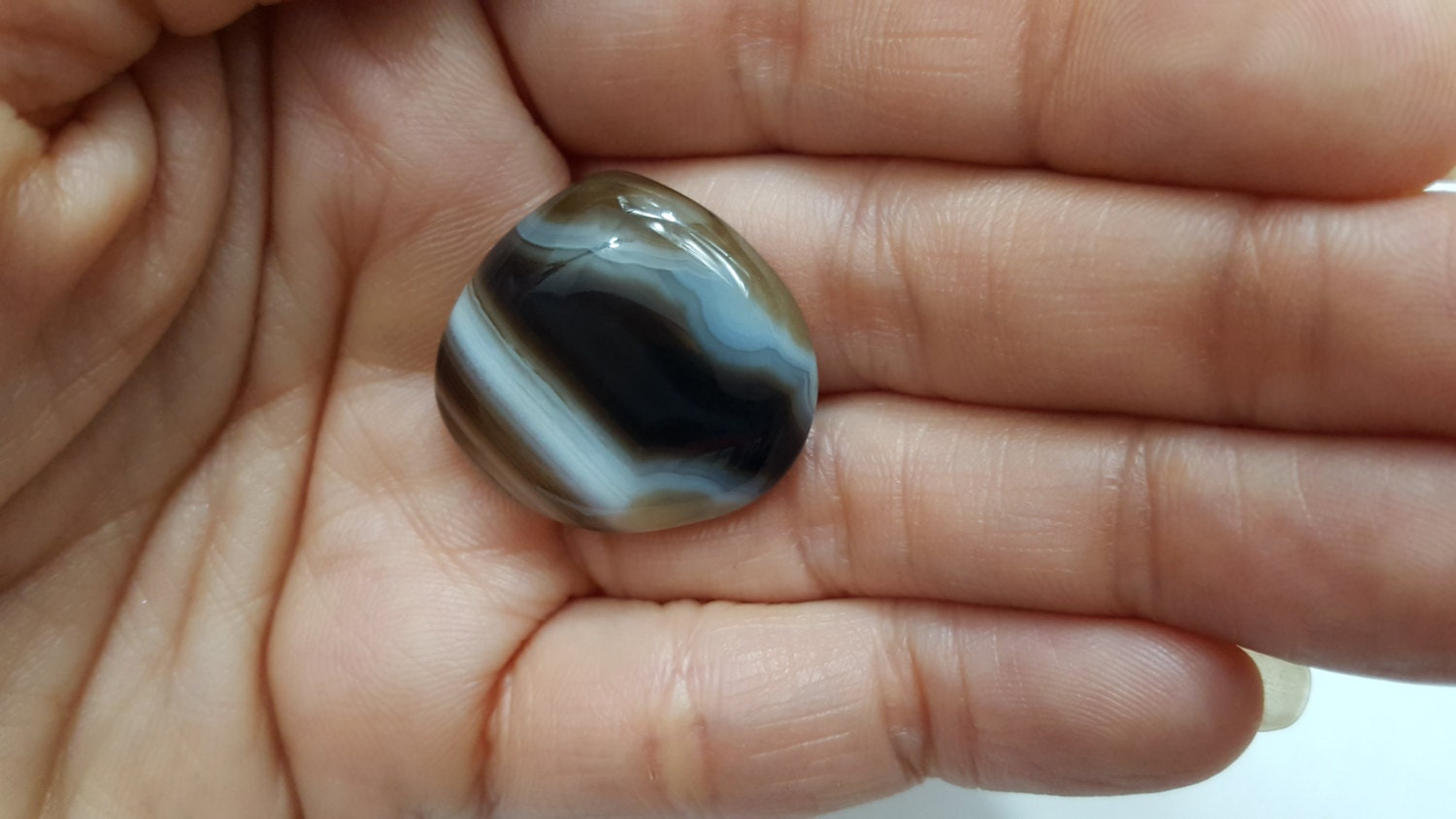 Small Black & White Natural Agate Cabochon, Pear Shape ...