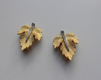Vintage Gold Tone Clear Rhinestone Leaf Earrings | clip on