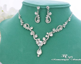 Bridal jewelry set Rhinestone necklace set Crystal Bridal necklace set Crystal wedding jewelry Wedding accessories  S0135