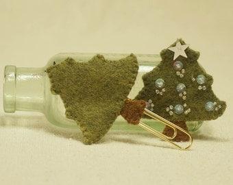Wool Felt Christmas Tree, Christmas Tree Book Marker with Gold Paperclip, Wool Felt Christmas Decoration *Ready to ship