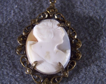 Vintage 12 K Gold Filled Oval Cameo Fancy Bold Pendant Charm **RL