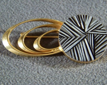 Vintage yellow Gold Tone Designer Signed Weiss Enamel Bold Retro Style Pin Brooch W   **RL