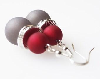 Earrings grey red