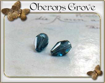 10 montanblue coloured tear drop beads 9x6mm