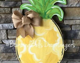 Pineapple doorhanger, pineapple door sign, summer doorhanger, summer doorhanher