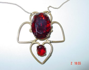 Vintage Hand Made Red Stone Pendant Necklace