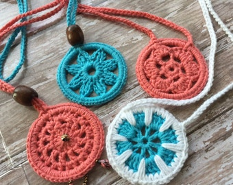 Pattern for BOHO Crochet Pendant Necklace
