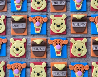 Inspired Winnie the Pooh toppers + bows