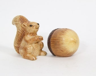 Vintage Squirrel and Acorn Salt and Pepper Shakers, Made in Japan