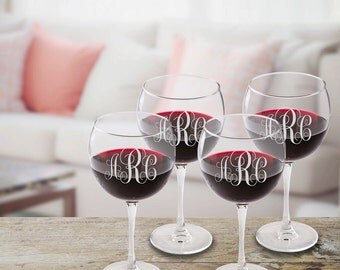 Monogrammed Red Wine Glass Set - Personalized Red Wine Glass Set - Mother's Day Gifts - Gifts for Her - Gifts for Mom - Wine Glasses for Mom