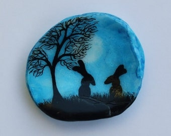 Rabbits Painting on Shell, Hand Painted Rabbits, Shell Art Gift, Painted Shell, Rabbit Art, Hare Art, Hand Painted Gift, Silhouette Art
