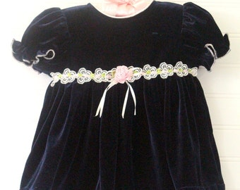 Vintage baby dress, blue Velvet with pink flower detailing, Youngland sz 0-3 mo WITH bloomers