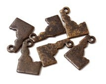6x Antique Brass / Brown Patina Blank Idaho State Charms - M073/AB-ID