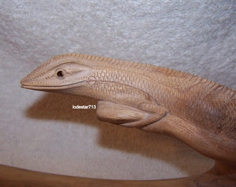 Hand Carved Lizard On Branch-Exquisite Detail-19.5 Inches-Natural Wood-