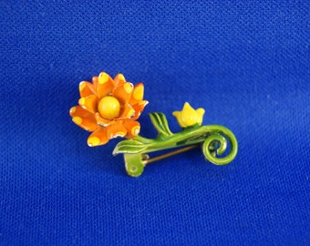 Vintage 60s Orange and Yellow Enamel Small Floral Flower Pin!
