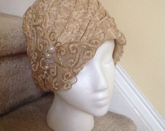 Vintage Flapper Style- Cloche - Turban Ladies Hat 1920's