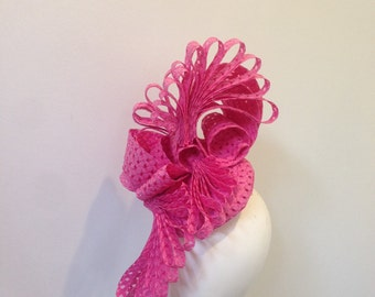 Bright pink fascinator modern race day hat headpiece percher wedding ascot melbourne cup kentucky derby couture handmade unique