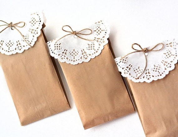 Brown paper gift bag doily craft paper bags with hemp bow for Brown paper craft bags