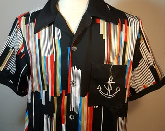 FREE  SHIPPING   1970 Men AbStrACt  Shirt