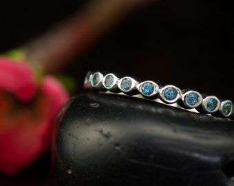 Aquamarine Mothers Ring in White Gold, 9 Round Brilliant Cut Bezel Set Stones, Full Circle of Bubbles, Wedding Band, Cadence A