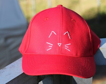 Simple Kitty Face Bright red Baseball Hat