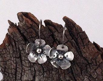 Silver Flower Earrings, Sterling Silver Earrings, Hypoallergenic, Dangle Earrings, Flower Earrings, Nature Earrings, Silver Dangles
