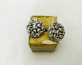 Vintage Sterling Silver Repousse Round Screw Back Earrings
