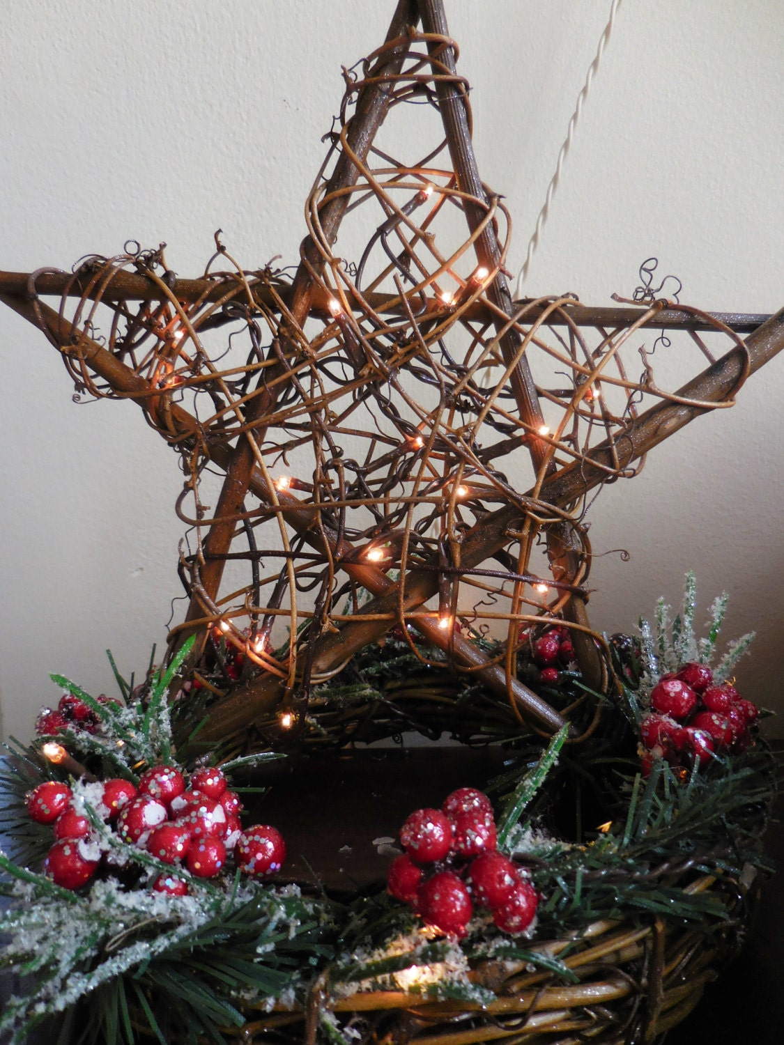 Grapevine Star Lighted Star Christmas Decor. Holiday Decor