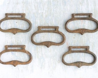 Antique Drawer Pull Handles - Set of 5 - Furniture Altered arts Embellishment
