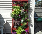 Make A Vertical Pallet Planter Under 30 Dollars Pallet Planters & Compost Bins