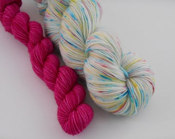 LOVE SOCK,Neige enchantée/Fuchsia, merino nylon sock yarn ,120g