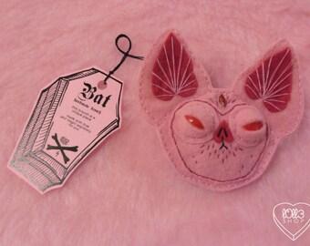 Little Bat (brooch)