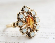 Vintage Light Topaz Austrian Crystal and Pinfire Opal Cocktail Ring Antiqued 18k Gold Electroplated Made in USA #R250