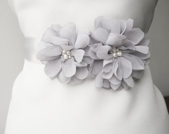Gray Flower Bridal Sash, Wedding Sash, Bridal Gown Sash, Gray Belt, Gray Flower Belt, Wedding Dress Sash, Formal Dress Sash