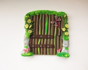 Fairy door with sunflowers garden accessories by for Elf door accessories