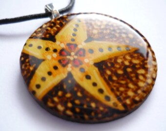 EDW Pendant Necklace - Starfish on Pebbles