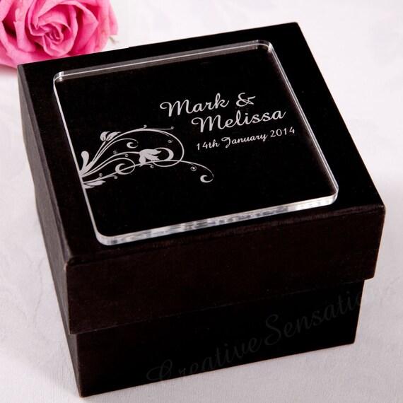 personnalis grav mariage sous verre acrylique faveur cadeau. Black Bedroom Furniture Sets. Home Design Ideas