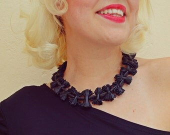 Onyx Necklace / Black Onyx Necklace / Black Leather Necklace / Onyx Gemstones and Leather Fringes TLJ21