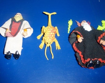 Vintage Action Figures - Dungeons and Dragons - Evil Wizard Kelek and Good Wizard Ringlerun, D&D LJN TSR 1982! Bonus Rust Monster Included!