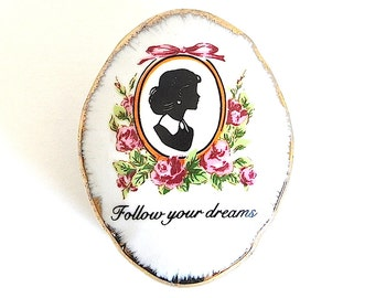 Vintage Follow Your Dreams Trinket Box, Vintage Silhouette Trinket Box
